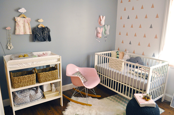 une chambre bebe en gris rose pastel chiara stella home. Black Bedroom Furniture Sets. Home Design Ideas
