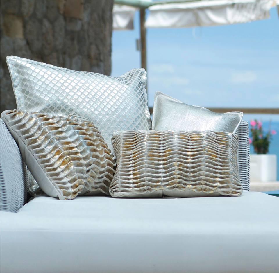 mumo coussins et accessoires tectiles chiara stella home2