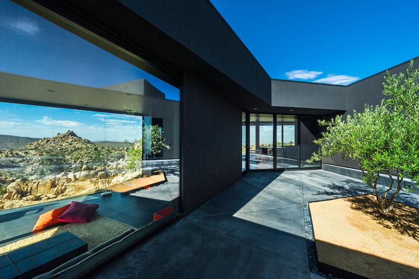 la_maison_noire_du_desert_par_marc_atlan_et_oller_pejic_par chiara stella home5