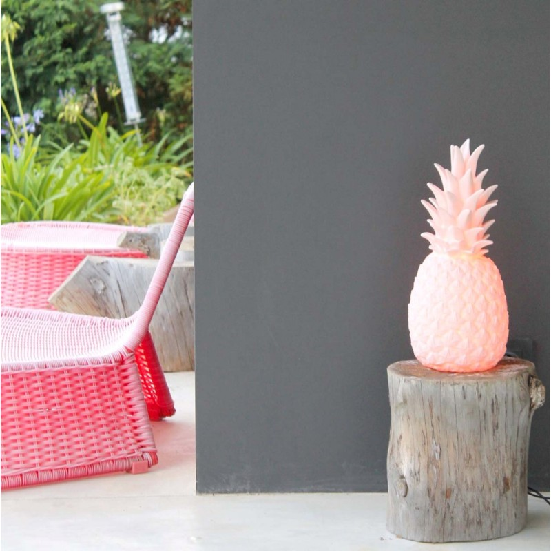 lampe-ananas-rose goodnight light lorena canals4