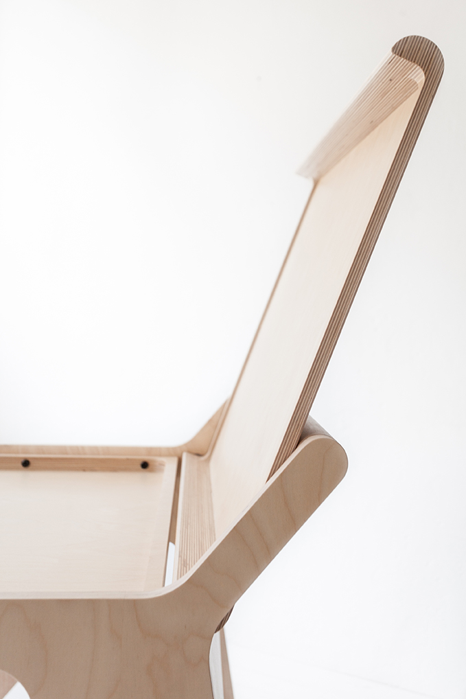 bureau-enfant-rafa-kids, k-desk- bureau-design-bois-naturel-par-chiara-stella-home2