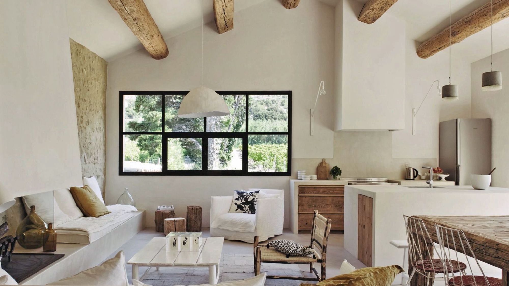 marie laure helmkampf interieur blanc white interior mas proven al chiara stella home. Black Bedroom Furniture Sets. Home Design Ideas