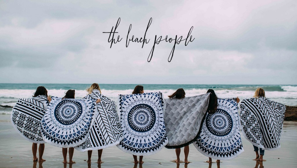 The-beach-people-by-chiara-stella-home-blog10
