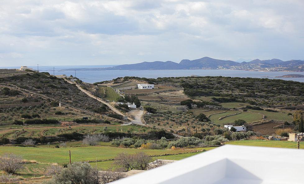 maison-kamari_paros-grece-by chiara-stella-home22