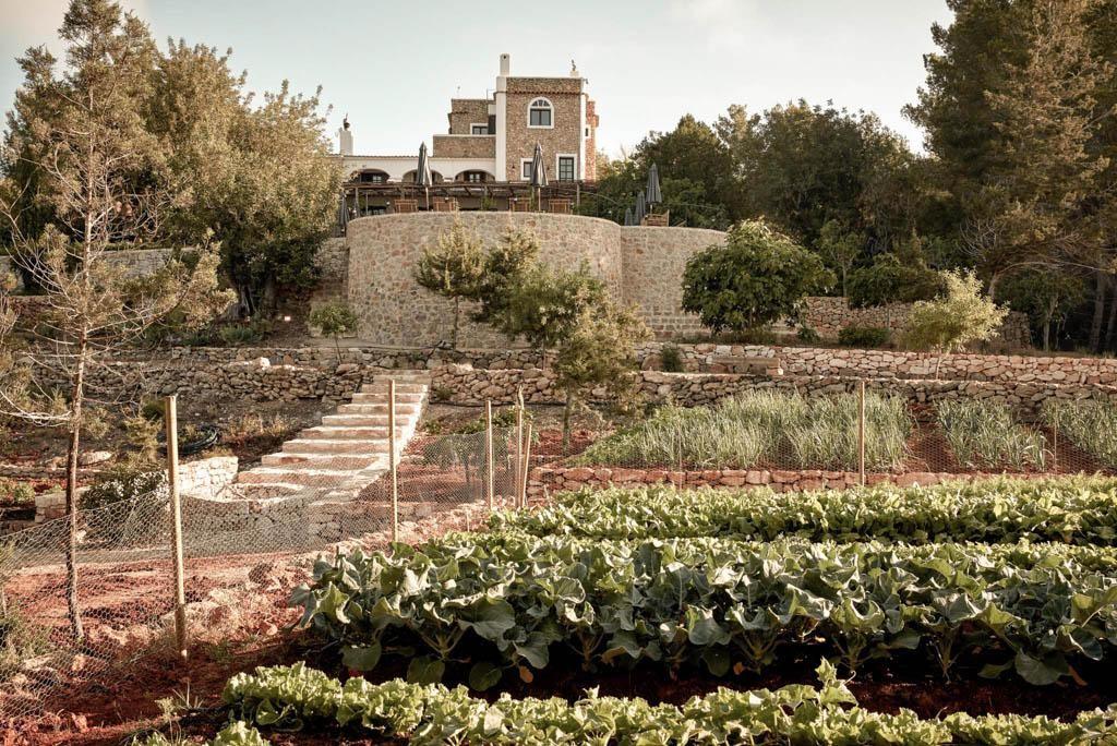 la-granja-ibiza-design-hotel-by-chiara-stella-home-11