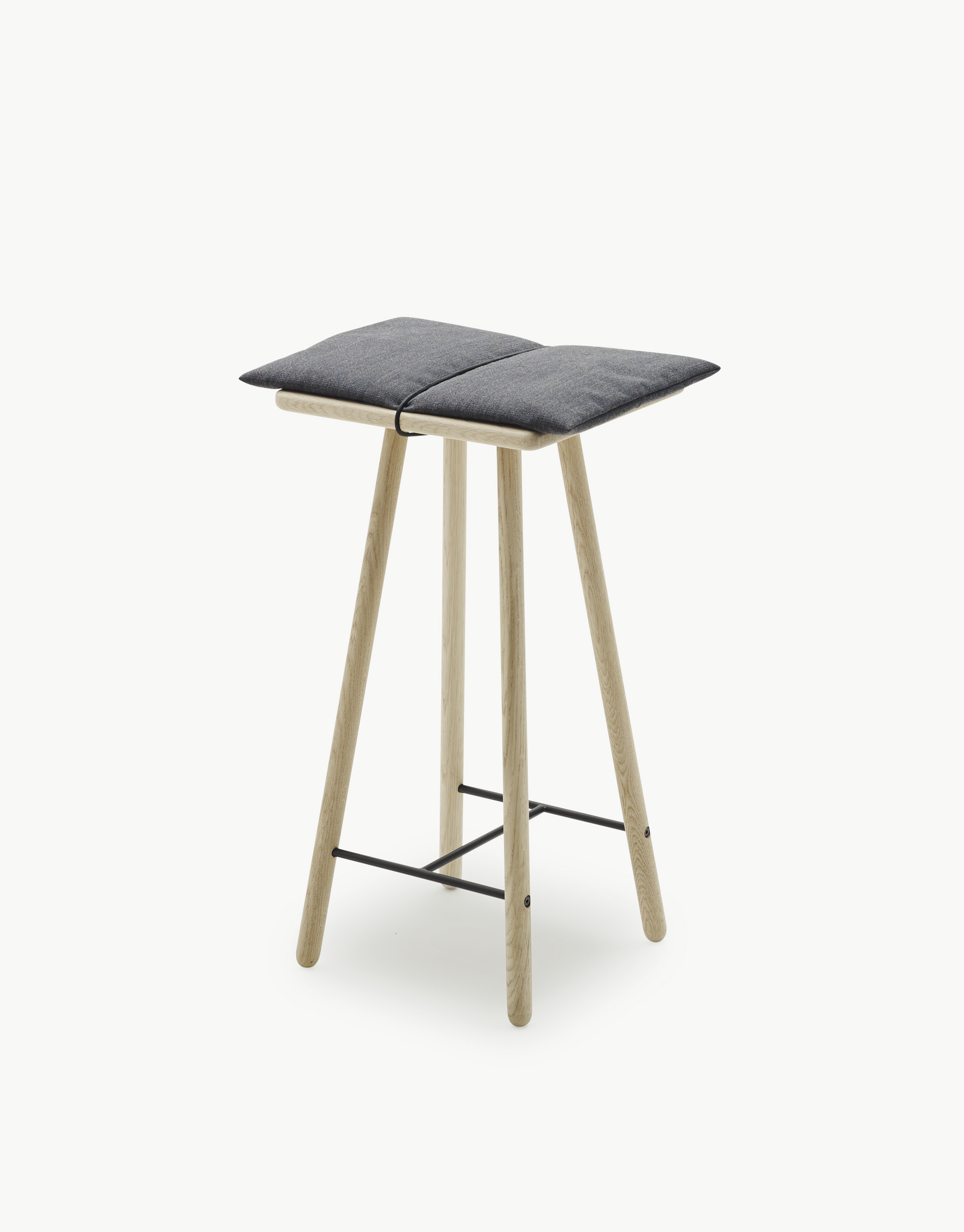 georg-stool-skagerak-elle-decoration-design-award-2016-by-chiara-stella-home