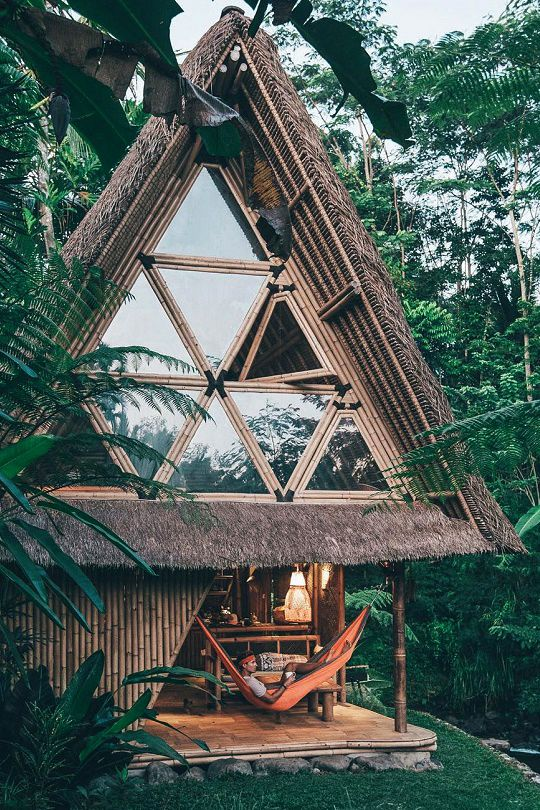 eco bambou home bali indonesia via chiara-stella-home-blog